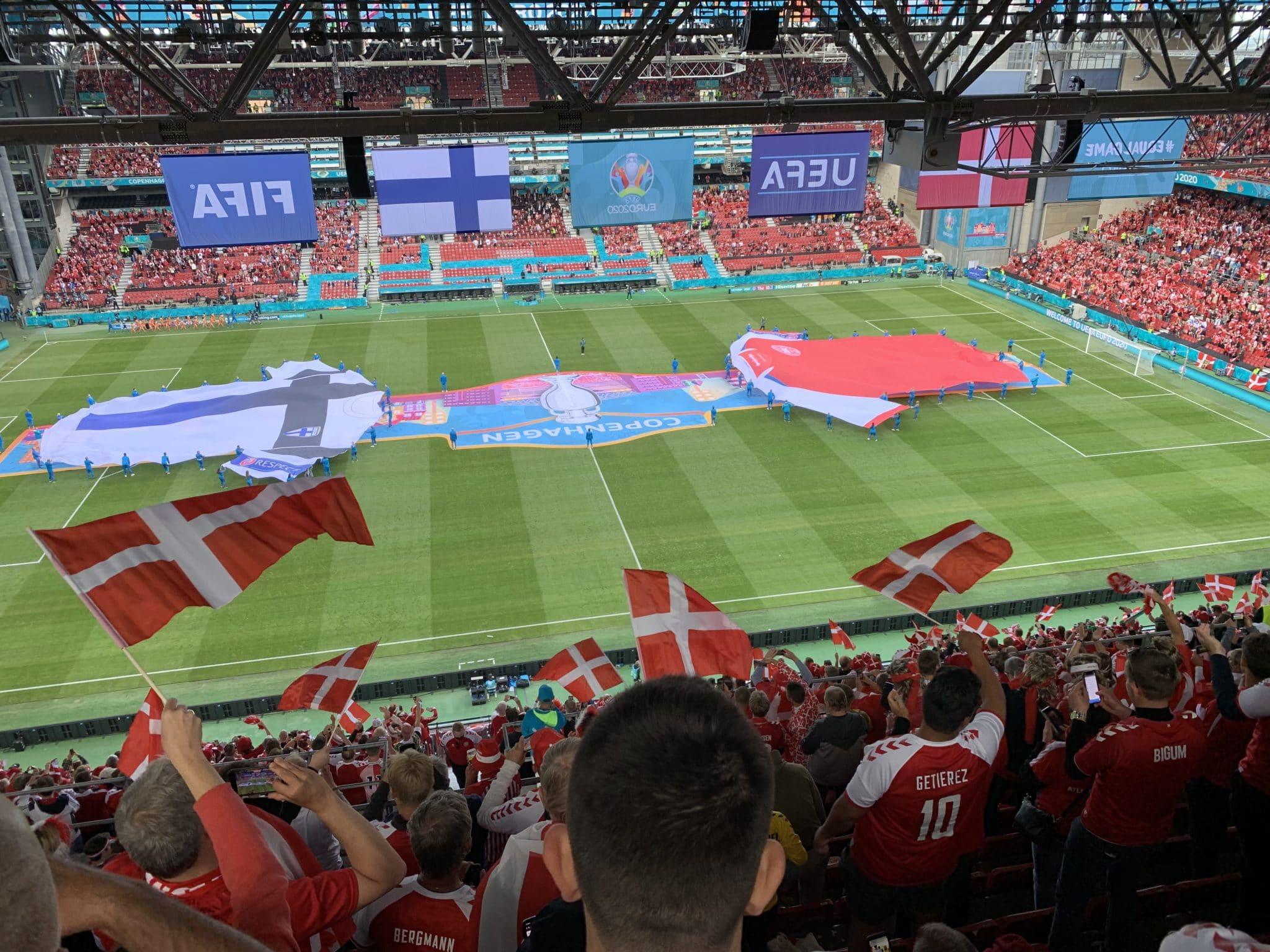 Solidt spil og dansk vindermentalitet bærer Danmark frem mod mulige EM guld-drømme: men hvad kan vi lære af fodbolden?