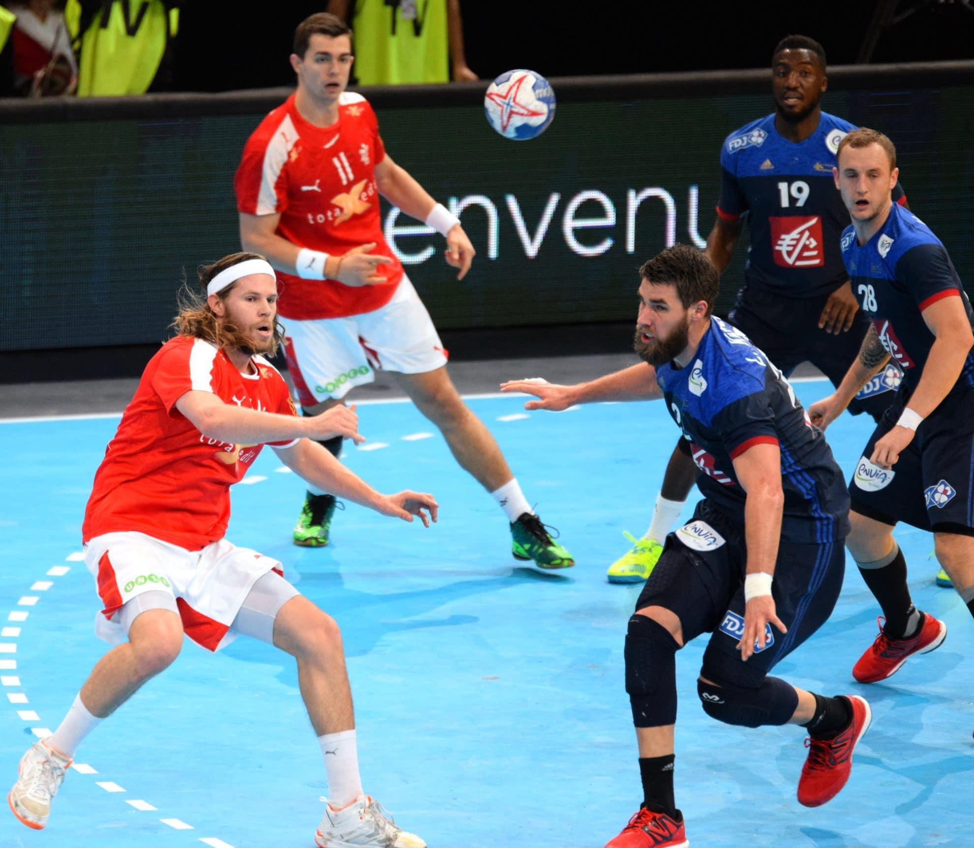 Håndboldfeberen raser over Danmark: Hvad kan vi lære af Stine Jørgensen og Mikkel Hansen?
