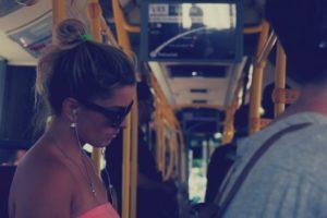 Kvinde i bus