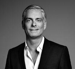 Henning Kern - iværksætter, foredragsholder, DYRBERG/KERN