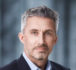 Morten Løkkegaard - Journalist, forfatter, ordstyrer og foredragsholder