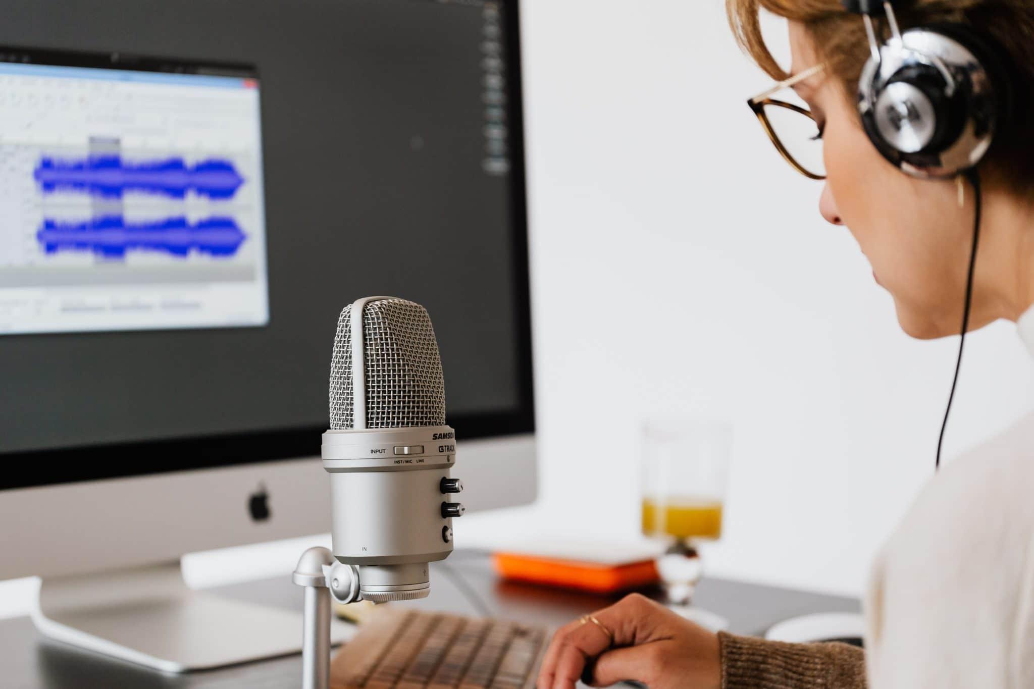 Den ultimative guide til online foredrag/webinar anden del: Programmer og udstyr